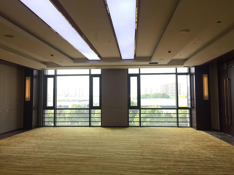 苏州林华医疗器械办公楼艺术灯定制-孙氏照明设计