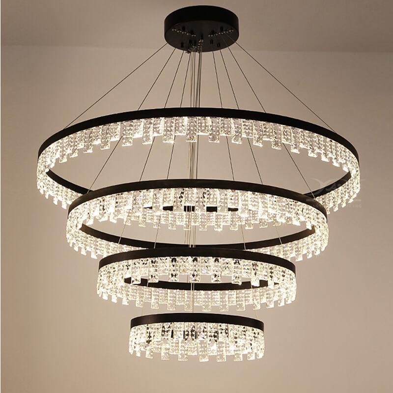 别墅客厅多层吊灯